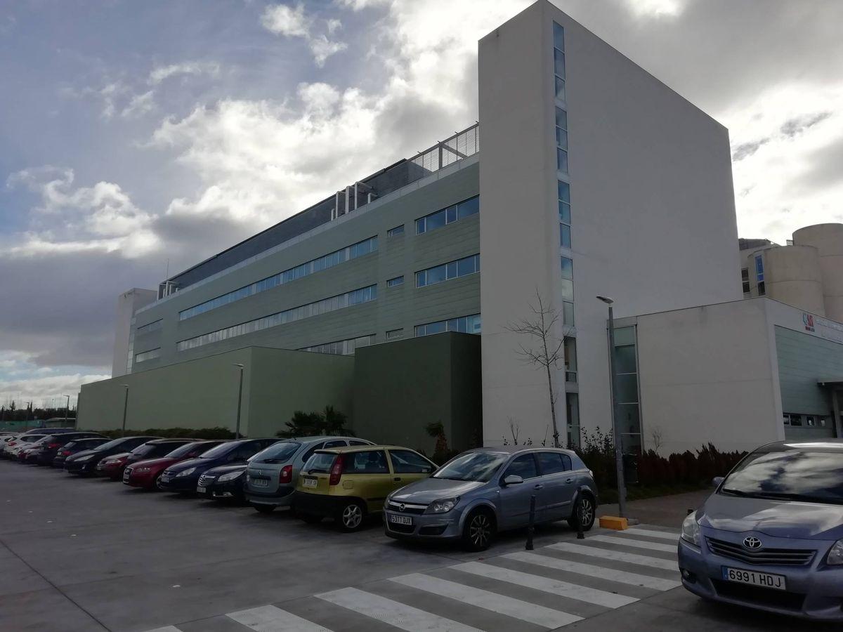 Foto: El edificio oncológico del hospital de Fuenlabrada
