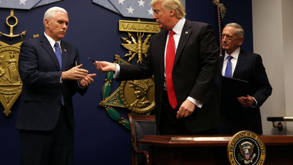 Foto: El presidente de Estados Unidos, Donald Trump, junto al vicepresidente Mike Pence. (Reuters)