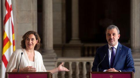 Colau y Collboni llegan a un acuerdo de gobierno en el Ayuntamiento de Barcelona
