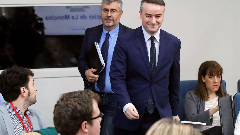 Redondo, 'quinto vicepresidente': el jefe de Gabinete logra el poder total de la Moncloa