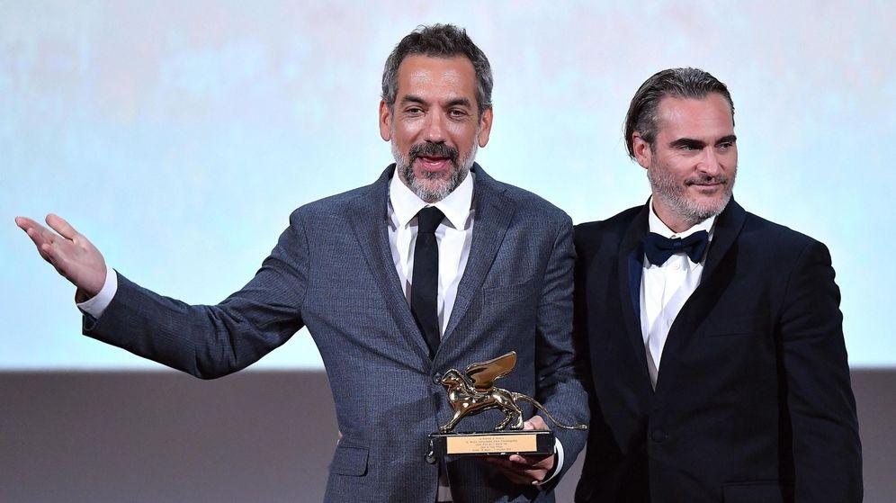 Foto: Phillips recoge el León de Oro por su película 'Joker'. (Reuters)