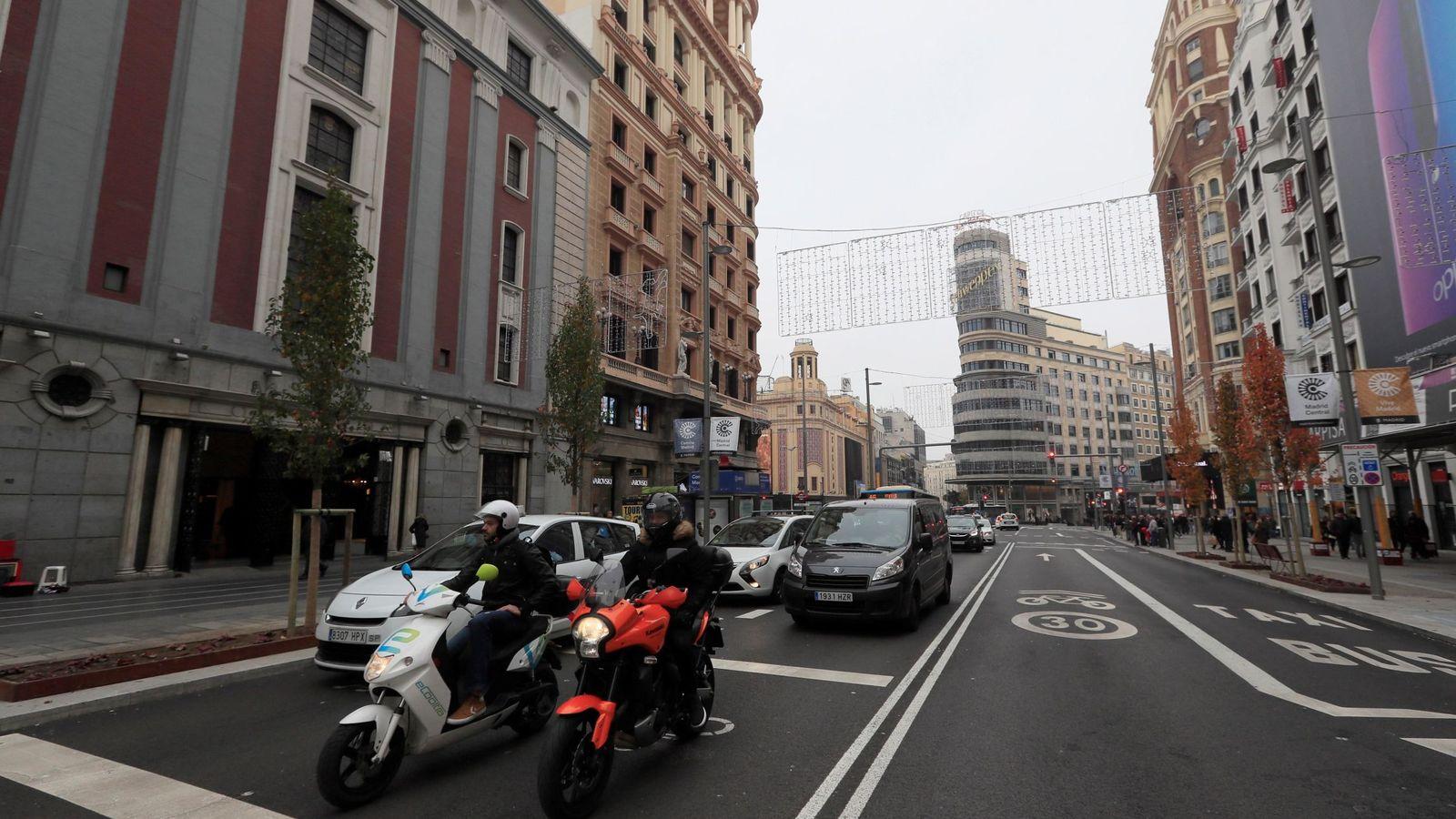 Foto: La Gran Vía de Madrid, tras entrar en vigor Madrid Central. (EFE)