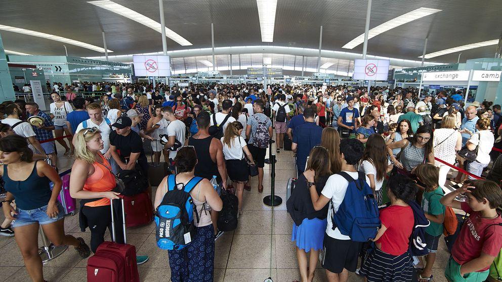 Los vigilantes de El Prat animan a sus colegas de otros aeropuertos a seguir su ejemplo