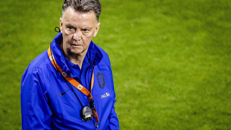 Van Gaal carga contra el Barça: Cuando van mal, siempre miran a los extranjeros