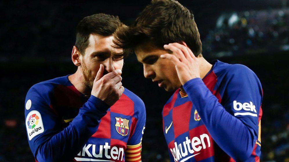 Foto: Leo Messi y Riqui Puig, protagonistas en el único tanto del partido. (EFE)