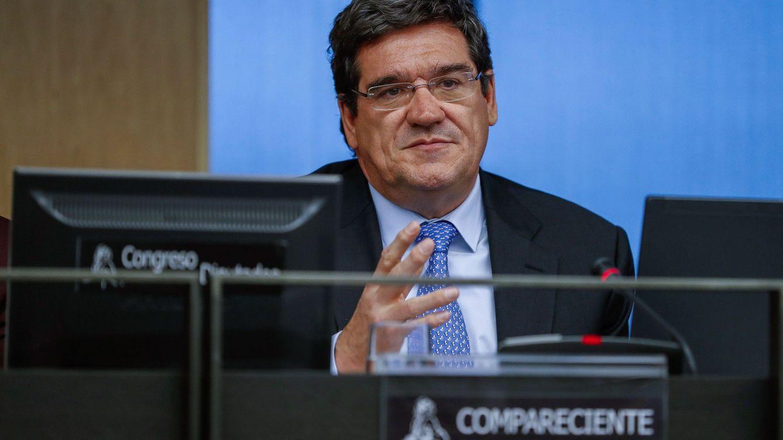 El presidente de la AIReF miente sobre pensiones y economía