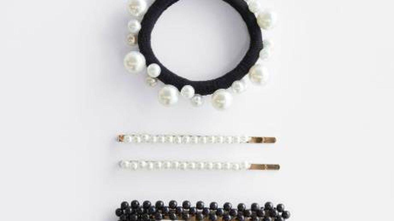 Set accesorios de pelo de perlas. (Cortesía)