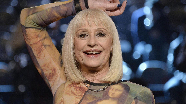 Raffaella Carrá en el programa televisivo 'La Voz Italia', en Milán. (EFE)