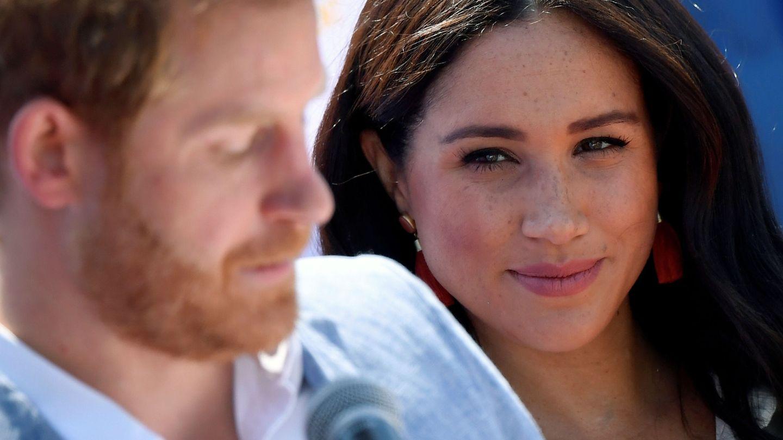 Meghan y Harry durante su viaje oficial a África. (Reuters)
