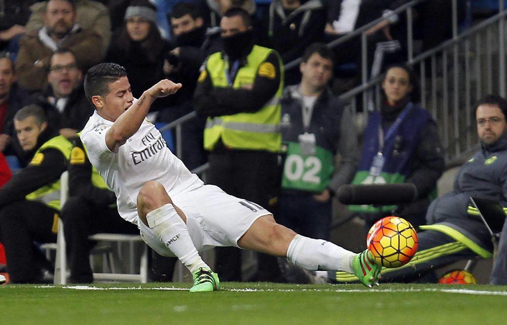 Foto: James Rodríguez lo tiene muy complicado para seguir en el Real Madrid (Cordon Press)