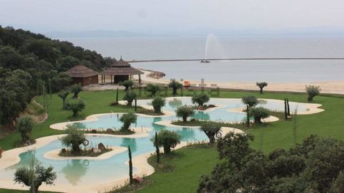 Los Gómez-Acebo y López-Ibor logran apoyos en su lujosa Marbella extremeña