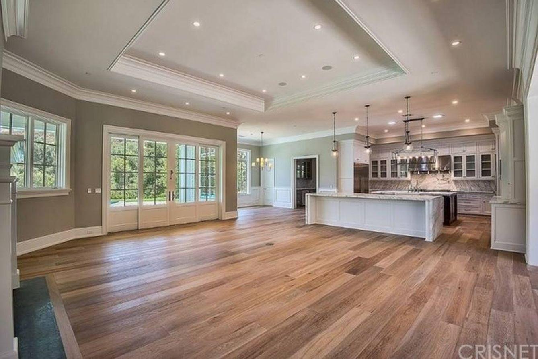 Casas de famosos kylie jenner se regala una casa de 12 for La mansion casa hotel telefono