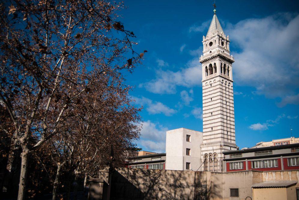 Foto: La torre del Panteón de Hombres Ilustres. (Carmen Castellón)
