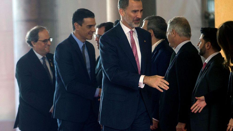 Quim Torra deja plantados al Rey y a Pedro Sánchez en la foto de familia del Mobile World Congress