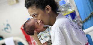 Post de Una pareja de raza blanca da a luz a un bebé asiático tras un tratamiento