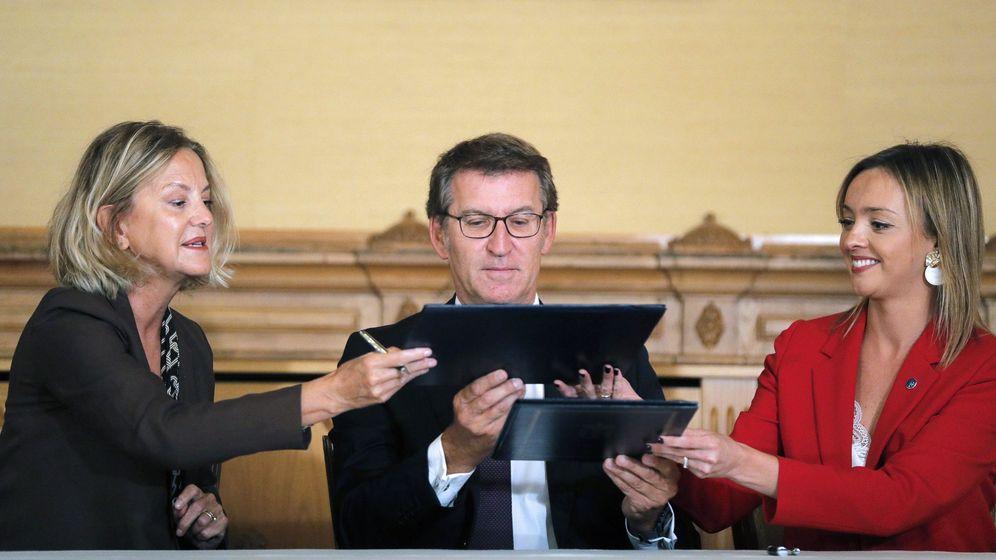 Foto: Firma del acuerdo de la Fundación y la Xunta. (EFE)