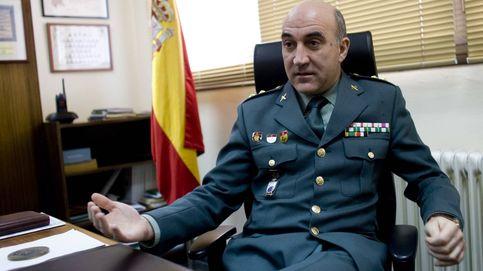 Más de una medalla al año: el guardia civil más condecorado del cuerpo es un oficinista