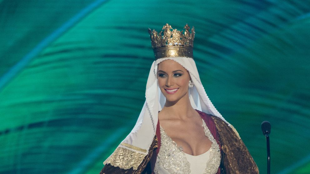 Desiré Cordero deslumbra en los primeros desfiles de Miss Universo