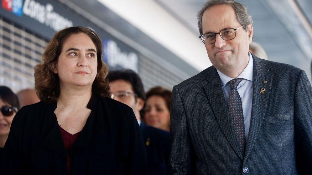 Foto: El presidente de la Generalitat, Quim Torra (d), junto a la alcaldesa de Barcelona, Ada Colau. (EFE)