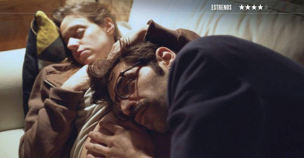 Foto: María Rodríguez Soto y David Verdaguer, en 'Los días que vendrán'. (Avalon)