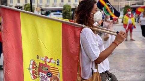 La protesta se extiende y llega a Málaga: Ni soy pija, ni soy 'cayetana'. Estoy en paro