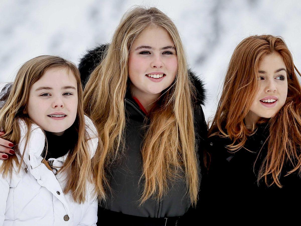 Foto: Amalia y Alexia de Holanda, el pasado febrero en la estación de esquí de Lech. (EFE)
