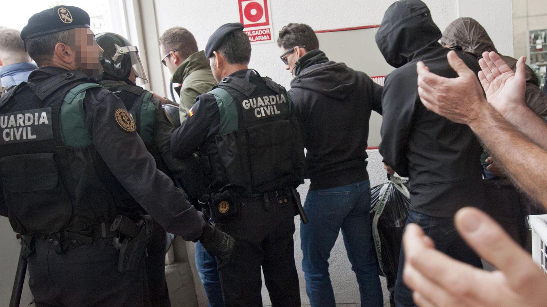 Un guardia civil con dos hijos humillados: Es un sistema educativo pervertido