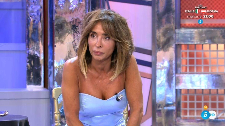 María Patiño abandona el plató de 'Viernes Deluxe' por esta respuesta de Mónica Hoyos