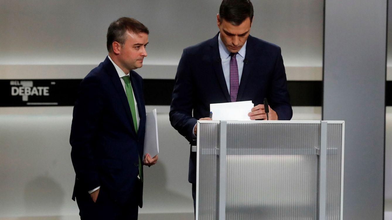 Primeras voces en el PSOE señalan a Iván Redondo por la fallida estrategia del 10-N