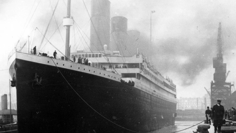 Historia y si el titanic no se hundi solo por chocar for Todo sobre barcos
