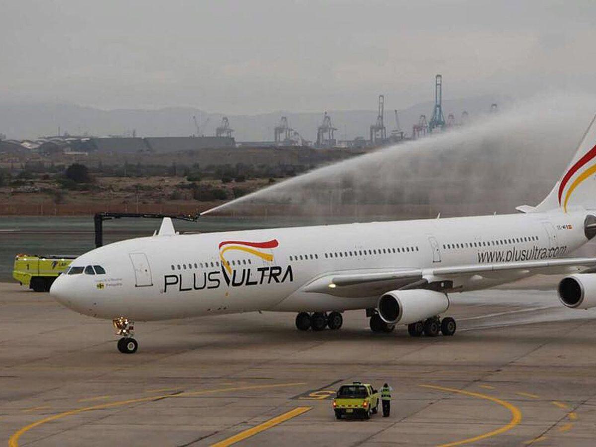 Foto: Fotografía cedida por la aerolínea española Plus Ultra