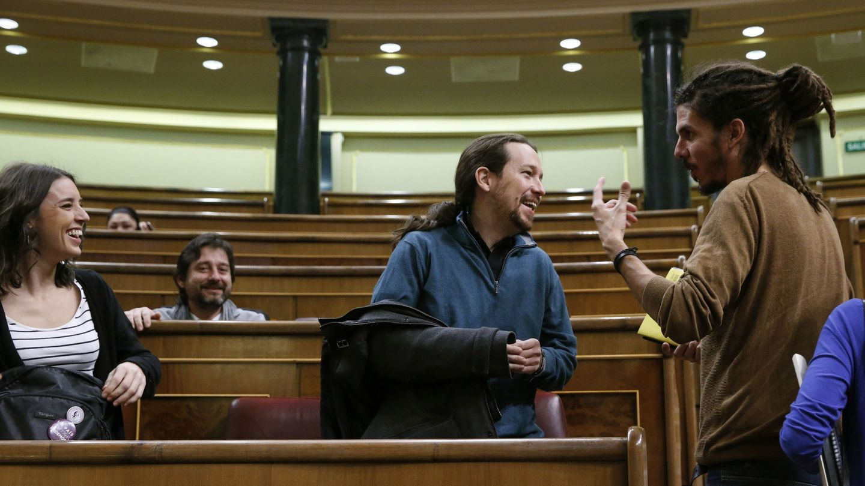 Irene Montero, Pablo Iglesias y Alberto Rodríguez. (EFE)