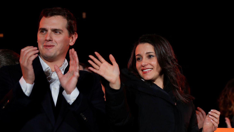 Albert Rivera, junto a Inés Arrimadas, en la noche electoral del 21-D. (EFE)