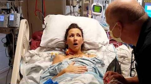 La reacción de una mujer al respirar por primera vez tras un trasplante de pulmón
