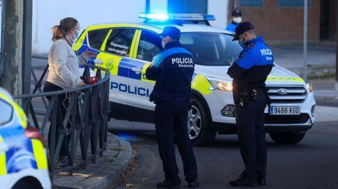 Los ayuntamientos se enfrentan por el nuevo plan para financiar policías de Ayuso