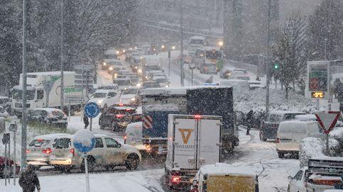 Problemas en País Vasco y Cataluña por la nieve: se suspenden clases y rutas escolares