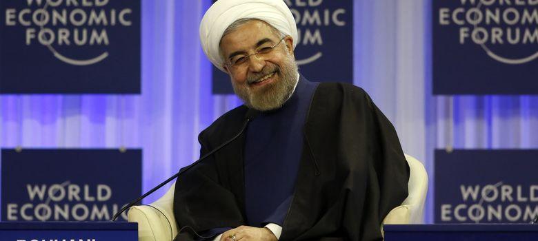 Foto: El presidente iraní, Hasan Rohani, sonríe a las cámaras durante el Foro Económico Mundial. (Reuters)