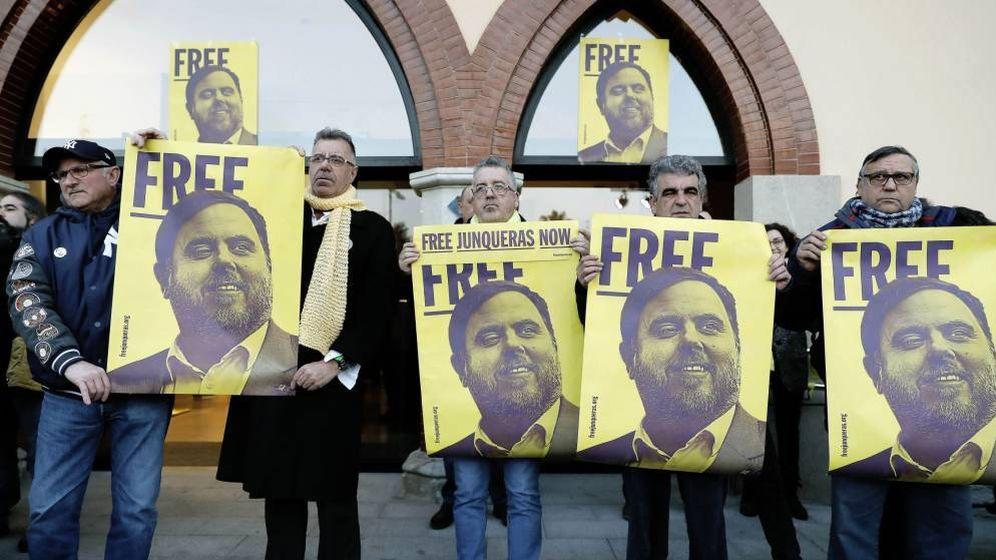Foto: Manifestación en apoyo de Oriol Junqueras. (EFE)
