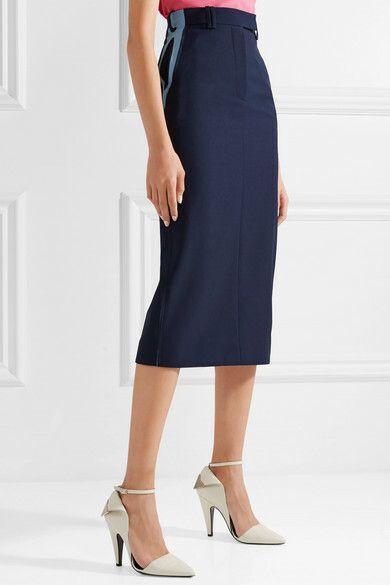 Falda de Calvin Klein.