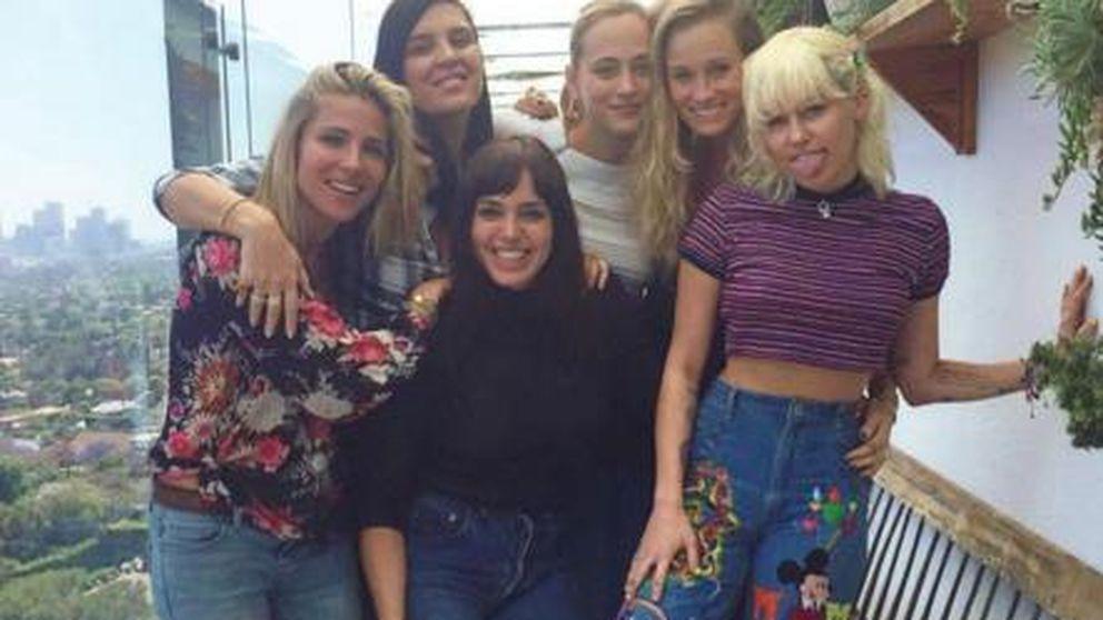 Elsa Pataky y Miley Cyrus, dos ¿cuñadas? bien avenidas