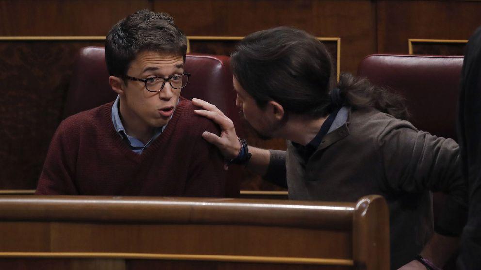La 'bronca' entre Iglesias y Errejón en sus escaños, la comidilla en el Congreso