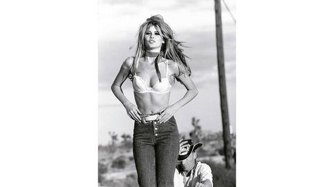 Claudia Schiffer vista por los mejores fotógrafos