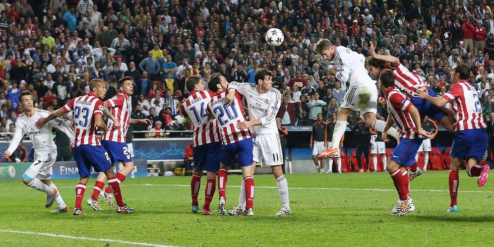 Foto: El gol de Ramos en la Champions contra el Atlético en el minuto 93. (EFE)