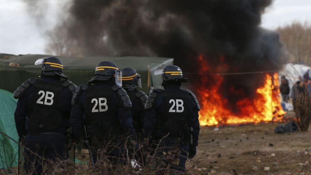 Calais y Macedonia, las imágenes de la vergüenza contra los refugiados