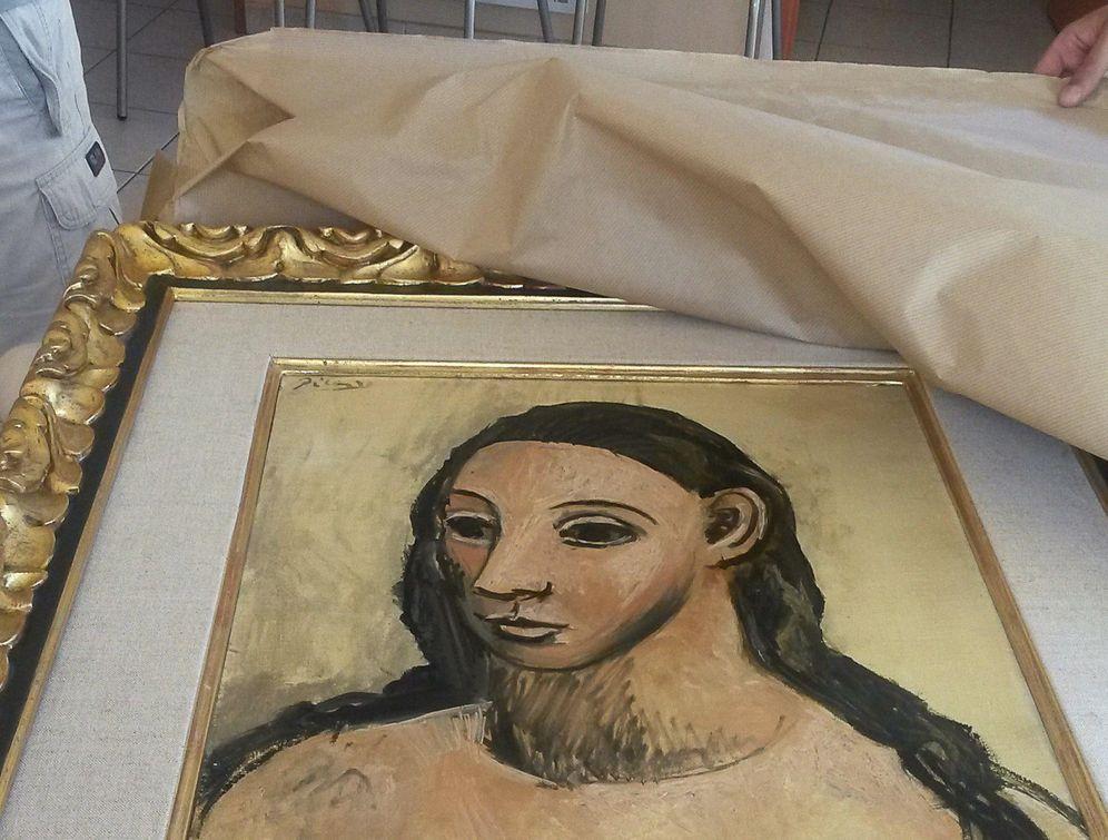 Foto: Imagen facilitada por el servicio de Aduanas francés que ha interceptado el pasado viernes en Córcega del Picasso de Jaime Botín. (EFE)