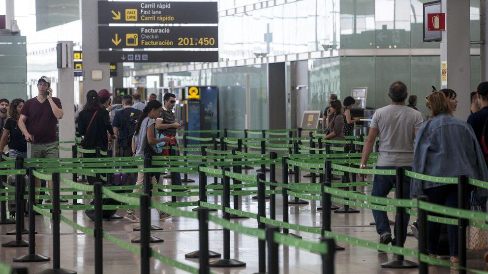 Aspecto de los accesos a los mostradores de facturación del Aeropuerto de Barcelona-El Prat