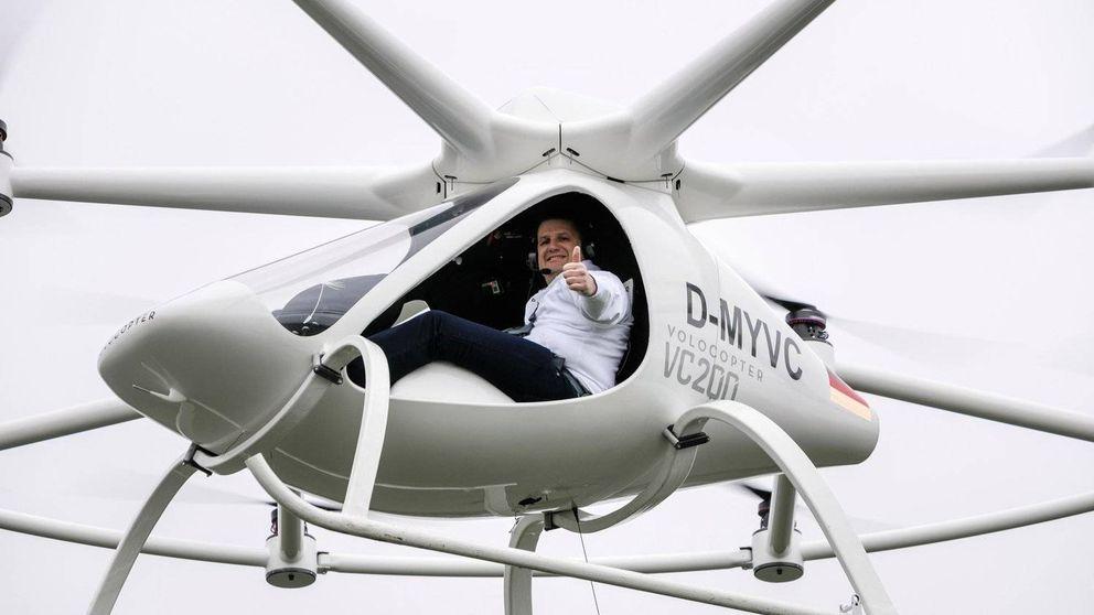 El hombre que va a dejar sin empleo a los taxistas con su coche autónomo (y volador)