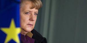 Merkel está decidida a evitar la salida de Grecia del euro