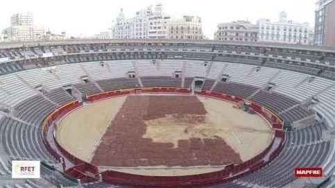 Cómo se convierte la plaza de toros de Valencia en la pista de tenis de la Copa Davis