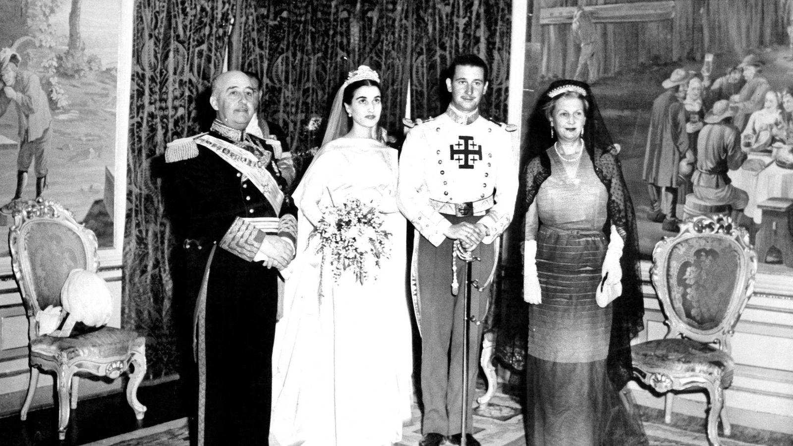 Foto: La boda de Carmen Franco y Cristóbal Martínez-Bordiú. (Cordon Press)